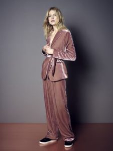 ms-velvet-trouser-suit
